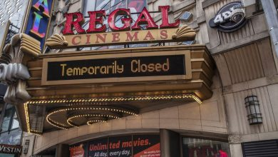 Photo of Bond was the last straw: Regal and Cineworld are said to be closing all theaters in the US and UK next week