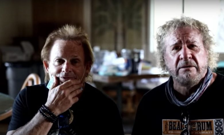 """Sami Hajer and Michael Anthony are """"broken"""" by the death of former band leader Eddie Van Halen"""