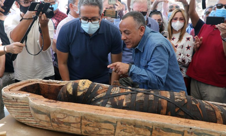 Unveiled dozens of ancient coffins in Egypt