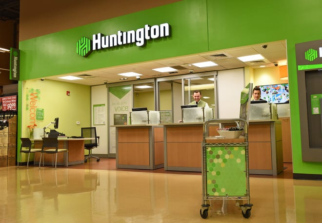 The Huntington Bankcars will give Michigan's economy a much-needed boost with a five-year, $ 5 billion commitment aimed at helping small businesses, minority-owned businesses, homeowners and more.