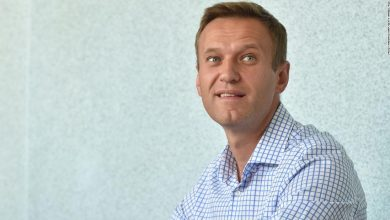 "Photo of Russia's Navalny says he is ""sure"" that Putin ordered agents to go after him before he was poisoned"