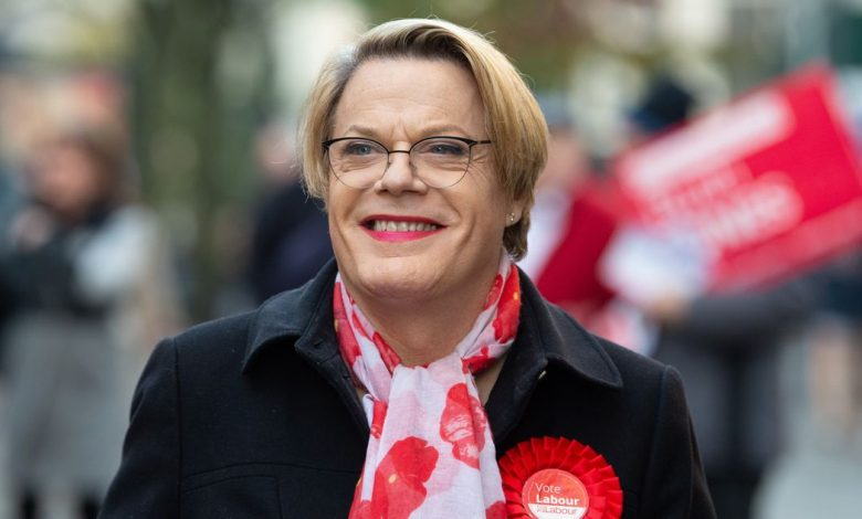 "Eddie Izzard says she will use the pronouns ""he / she"""