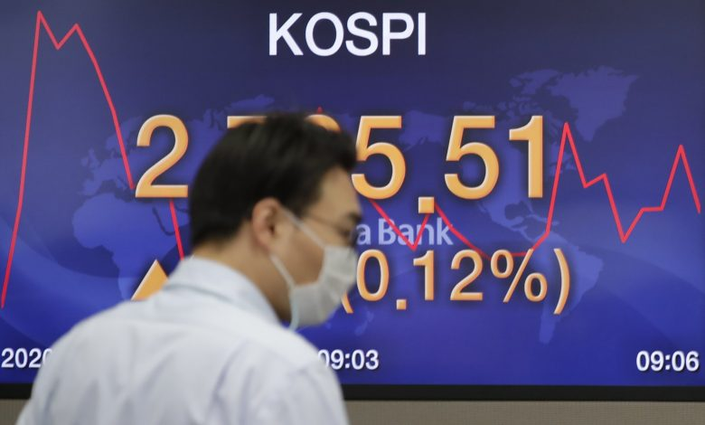 Asian stocks fell after a lackluster day on Wall Street