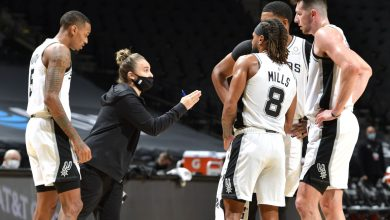 Photo of Becky Hammon becomes the first woman to coach the NBA team after Popovic was sent off