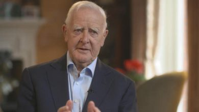 Photo of John le Carré, the ultimate spy novelist from the Cold War, died at the age of 89