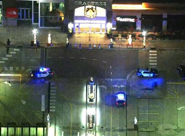 Police respond to gunfire inside the Crabtree Valley compound :: WRAL.com