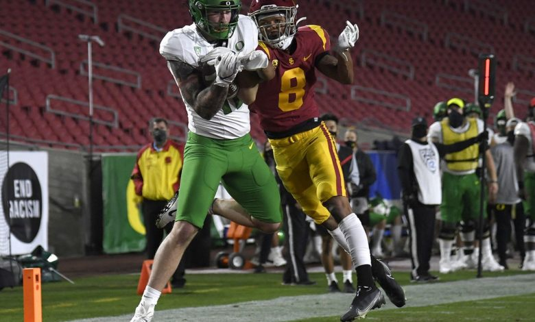 Rewind Oregon Ducks 31-24 victory over USC Trojans in a Pac-12 tournament game