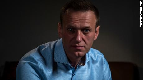 The CNN-Bellingcat investigation identifies the Russian specialists who succeeded Putin's opponent Alexei Navalny before he was poisoned