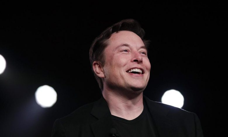 "Tesla Motors, Inc.  (NASDAQ: TSLA), MicroStrategy Incorporated (NASDAQ: MSTR) - Elon Musk is curious if converting Tesla's balance sheet to Bitcoin is ""possible"""