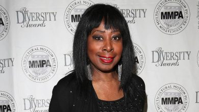 Photo of Police Academy star and Broadway star Marion Ramsey dies, aged 73