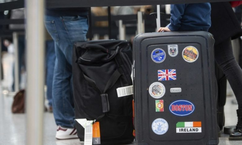 £ 2,000 to leave the UK and return to Europe