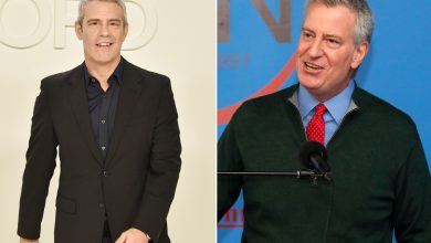 Photo of Andy Cohen rips up Mayor Bill de Blasio while drunk