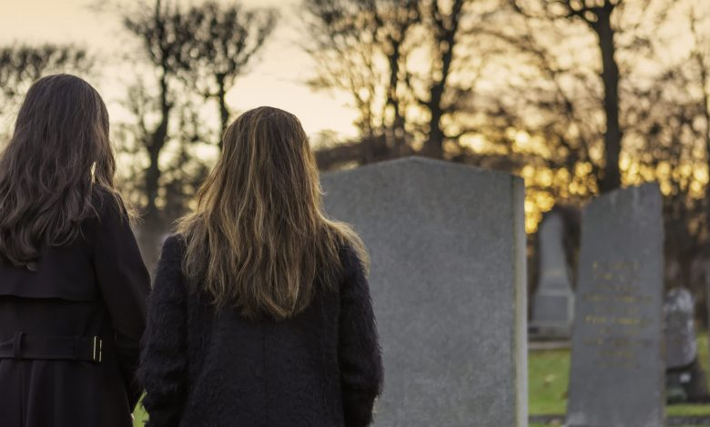 Here's what happens with Social Security payments when someone dies