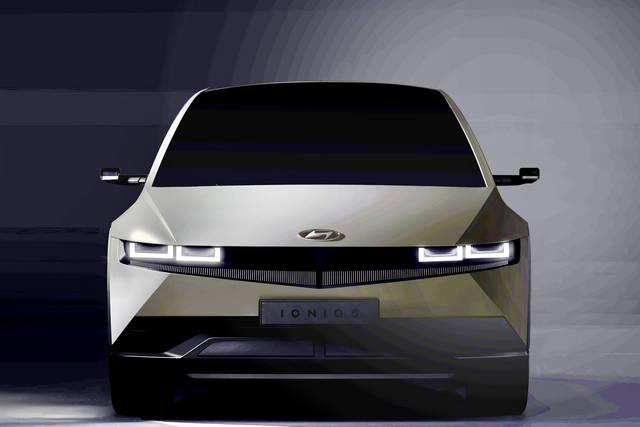 Hyundai Ioniq 5: le prime immagini