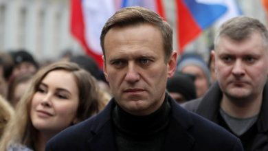 "Photo of Navalny was arrested upon his arrival in Moscow, five months after he was poisoned: ""It's my home, I'm not afraid.""  Biden and European Union leaders: ""he must be released"""