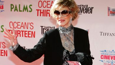 Photo of Phyllis McGuire, the last member of the McGuire Sisters, dies at 89
