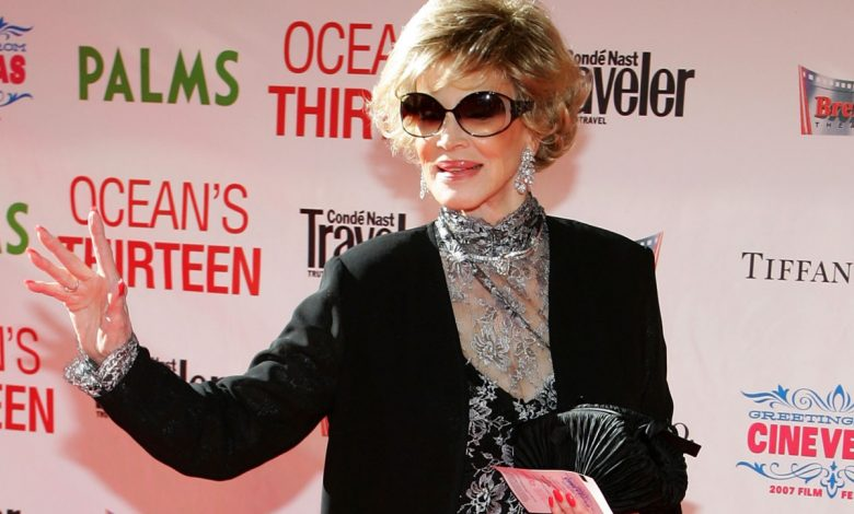 Phyllis McGuire, the last member of the McGuire Sisters, dies at 89