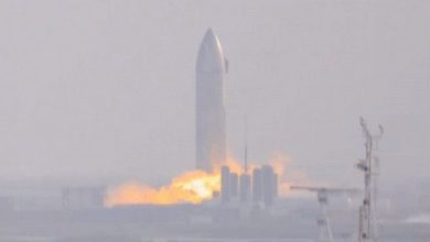 Photo of SpaceX's Starship SN9 prototype is launching its engines for the first time