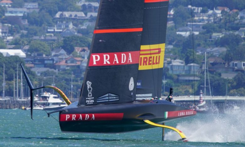 The boat race between Luna Rossa and Ineos UK has been canceled.  It starts at 4.20