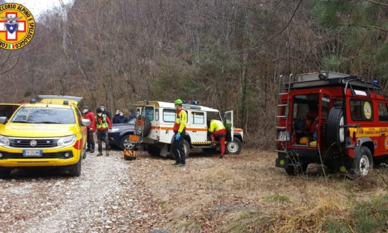 64-year-old Cartigliano is found lifeless at the foot of a climbing wall in the Santa Felicita Valley