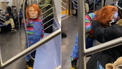 Photo of Chucky, the killer doll attacks passengers without a mask on the subway