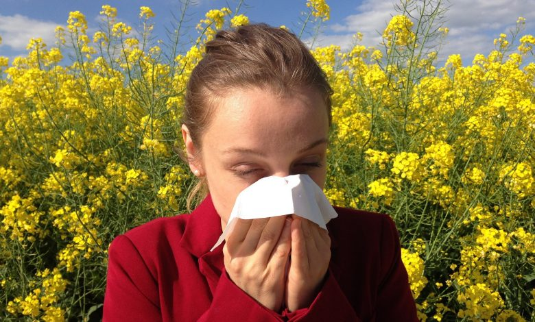 Here's how to prevent spring allergies in a few simple steps