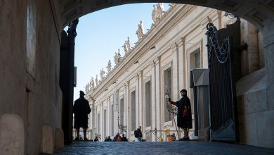 """Photo of """"There is no criminal behavior in the payments from the Vatican to Australia"""""""