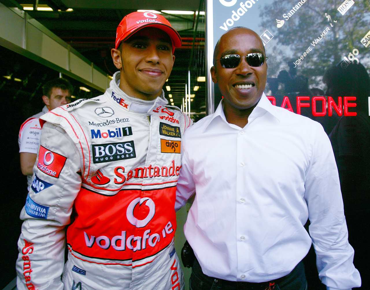 Lewis Hamilton with his father at the 2007 Australian Formula 1 Grand Prix (Getty photo)