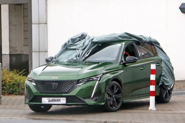 Nuova Peugeot 308: diamo una sbirciatina