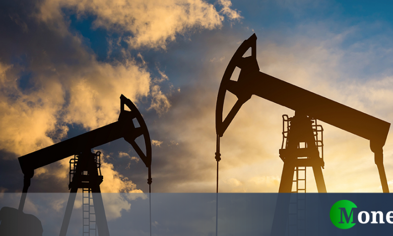 Production levels unchanged in April, oil rose 5%