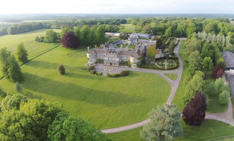 UK English hotels with the best parks