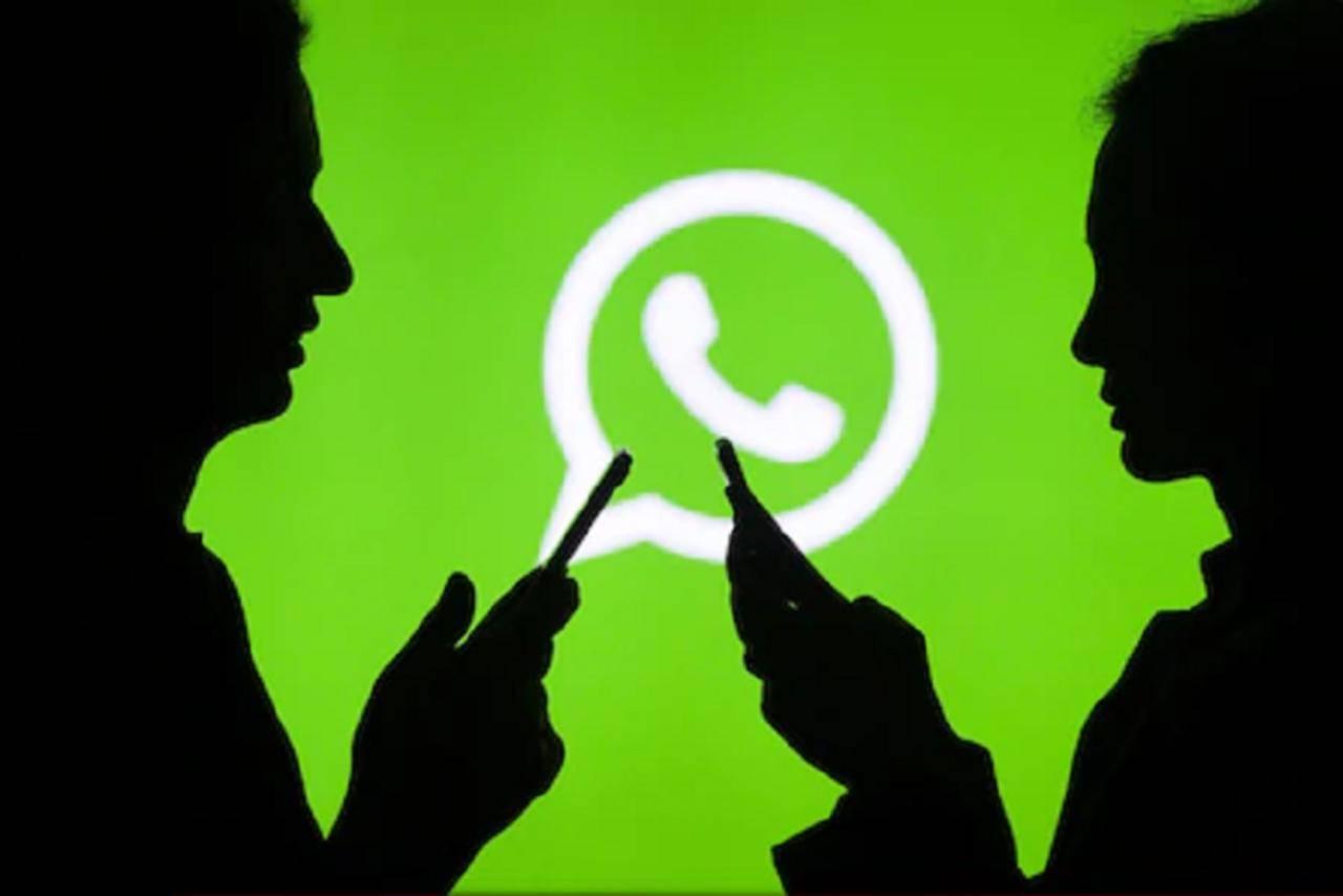 WhatsApp returns message