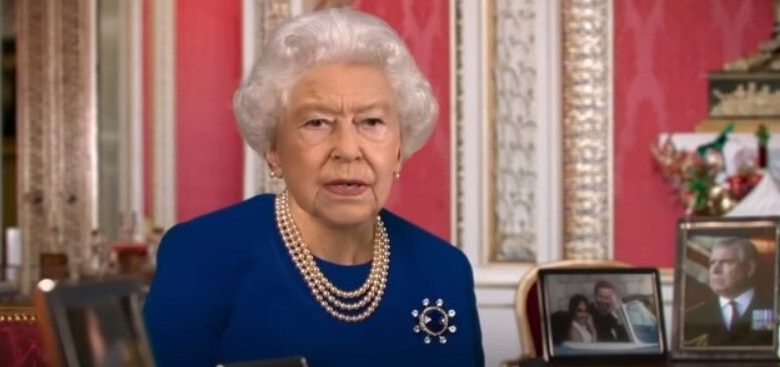 The English Channel 4 broadcast the Queen's speech by deep falsification