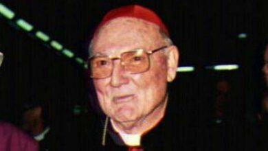 Photo of Cardinal Cassidy, a diplomat and an ecumenical man of dialogue, has passed away