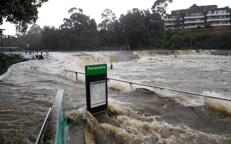 "Floods in Australia.  Mons.  Vincent Long (Parramatta): ""An environmental shift to save the planet from destruction"""