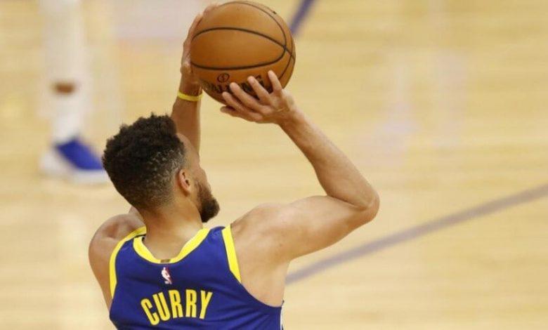 53 points.  Koo Lakers, Phoenix shot