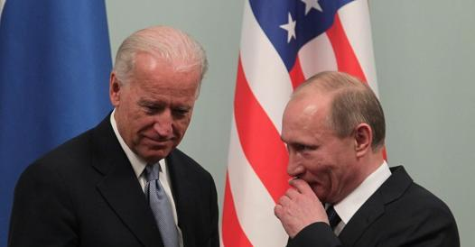 Biden warns Putin about Ukraine and announces withdrawal from Afghanistan - Corriere.it