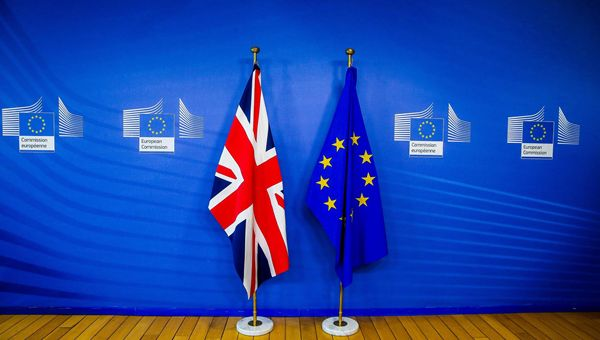 Brexit, the European Union is considering a legal freeze: the clashes in Belfast are worrying