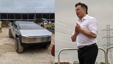 Photo of Elon Musk visits the Gigafactory under construction in Austin and appears with Cybertruck