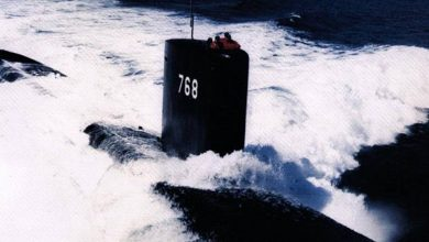Photo of Green light to dive.  Then the submarine disappears into the air