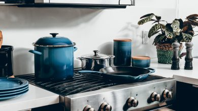 Photo of How to scrape pots, pans, and baking sheets with this DIY remedy makes it easy without scratching it.  Just use this commonly used product at home