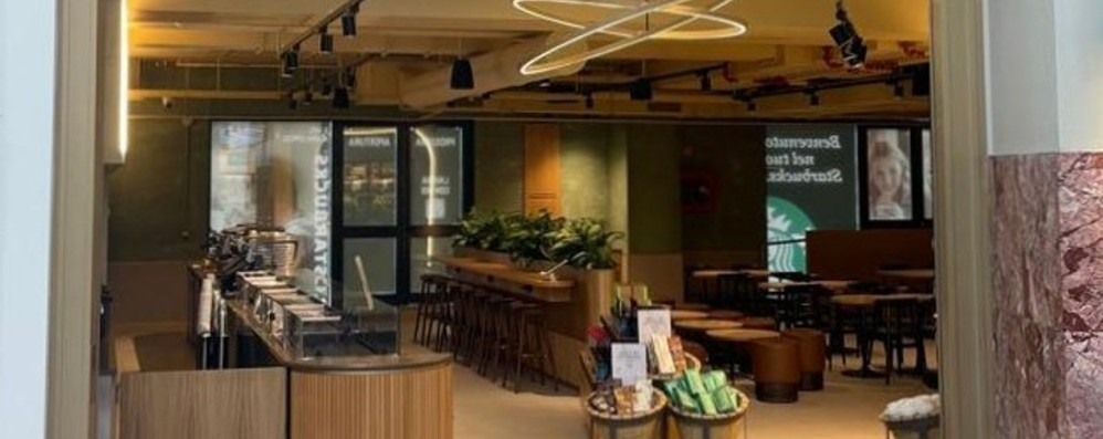 Starbucks opens in Florence with Percassi.  It is the twelfth in Italy