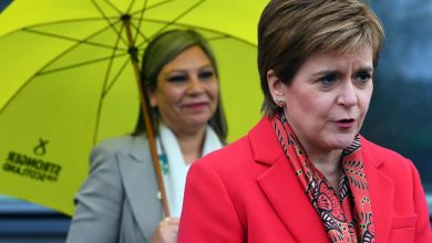 """Photo of Independence wins in Scotland.  Sturgeon: """"a new referendum"""""""