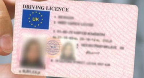 Trevigiana prende la patente in Inghilterra ma con la Brexit non è più valida: tutto da rifare per la 23enne