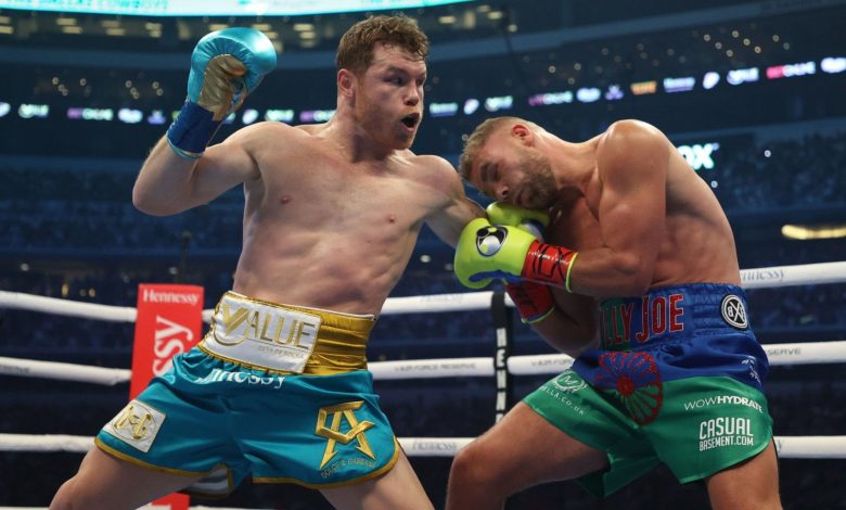 Boxing 'Canelo' Alvarez without hitches: beat Saunders by giving up at the end of the eighth round in front of 73,000 spectators - SPORT