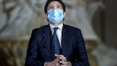 Photo of AstraZeneca chaos, rumors in Lombardy about the minister's phone call – Libero Quotidiano