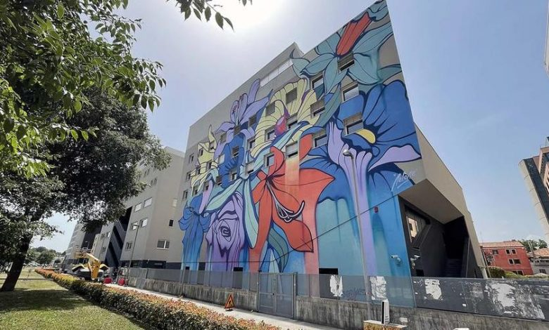 """Architect Vale: """"That mural should be wiped off the facade of Gino's parents' building."""""""