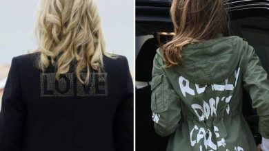 """Photo of Biden wears Cornwall, his wife Jill's """"Love"""" jacket and Melania Trump's wretched jacket – Corriere.it"""