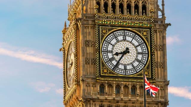 Estate 2021 e turismo nei paesi extra UE: ecco le misure per viaggiare da e verso il Regno Unito