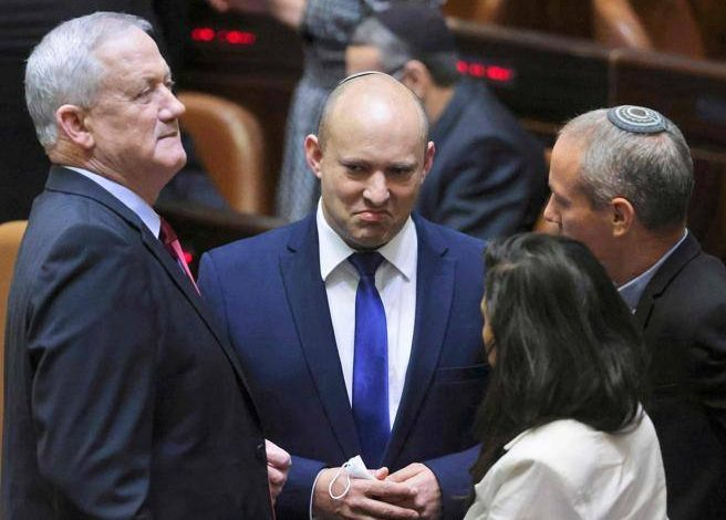Israel, Bennett, Millionaire With Kippah, Will He Be The New Prime Minister?  - Corriere.it